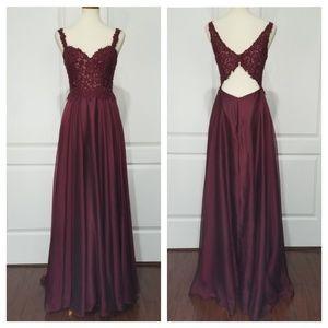 Camille La Vie Maroon Open Back Prom Dress sz 2